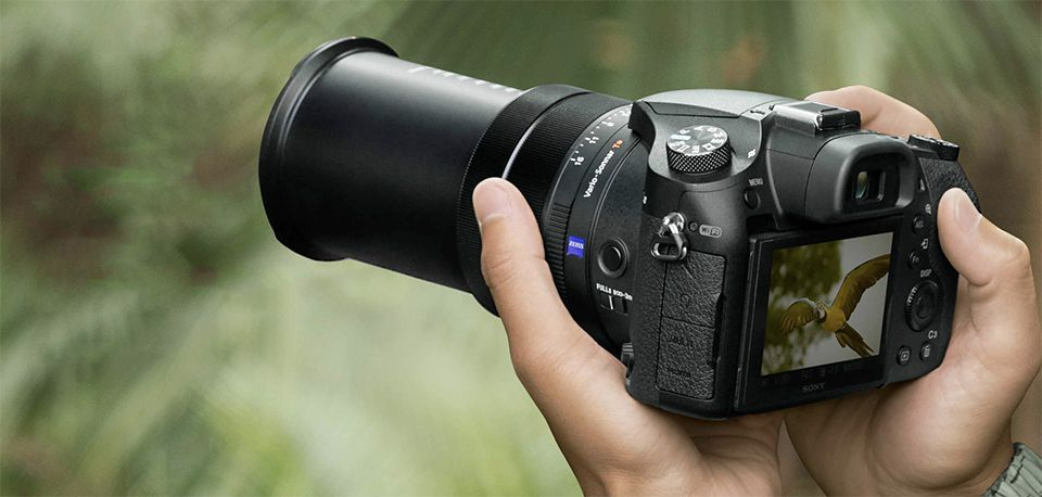10 Best Camera For Travel Bloggers 2020